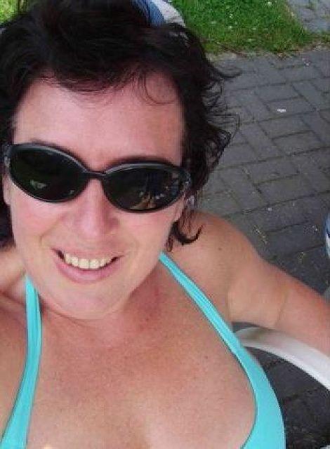 Laune50 - Geschiedene Frau sucht Mann für ***!