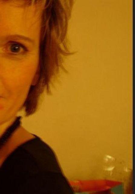 Anja45 - Mein Mann ist oft auf Reisen :-(