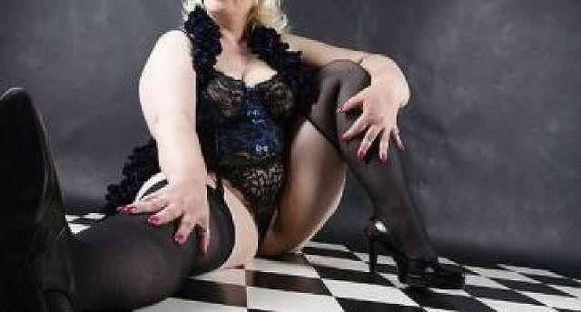 Verdi - Mollige Geschäftsfrau sucht Entspannung!