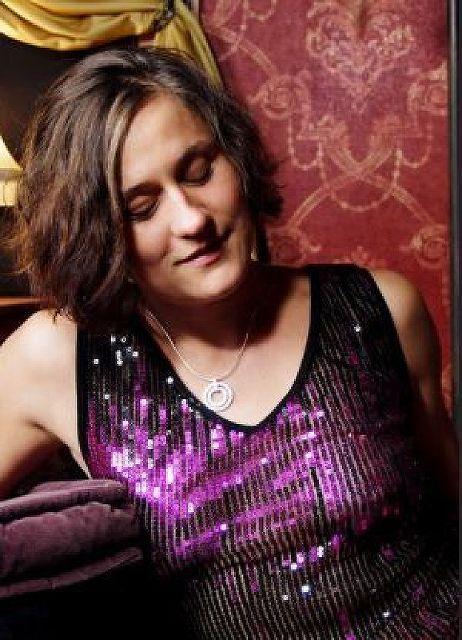 Daniela42 - 42 jährige Österreicherin oft im Wallis!