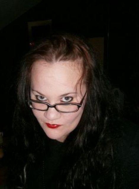 Vagina33 - Jung, aber unglücklich!