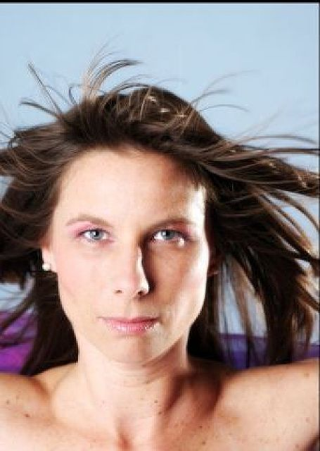 Digitalis - Geschiedene Frau sucht Mann für schöne Abende zu zweit!