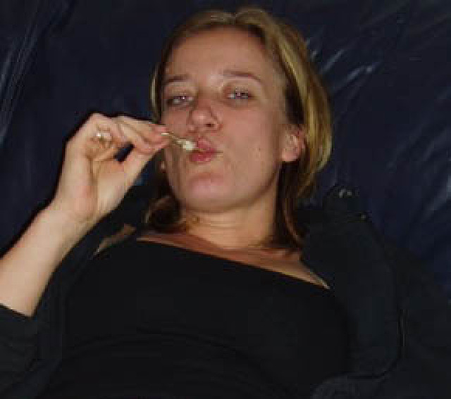 Geil38 - Hausfrau braucht SEX! SEX! SEX!